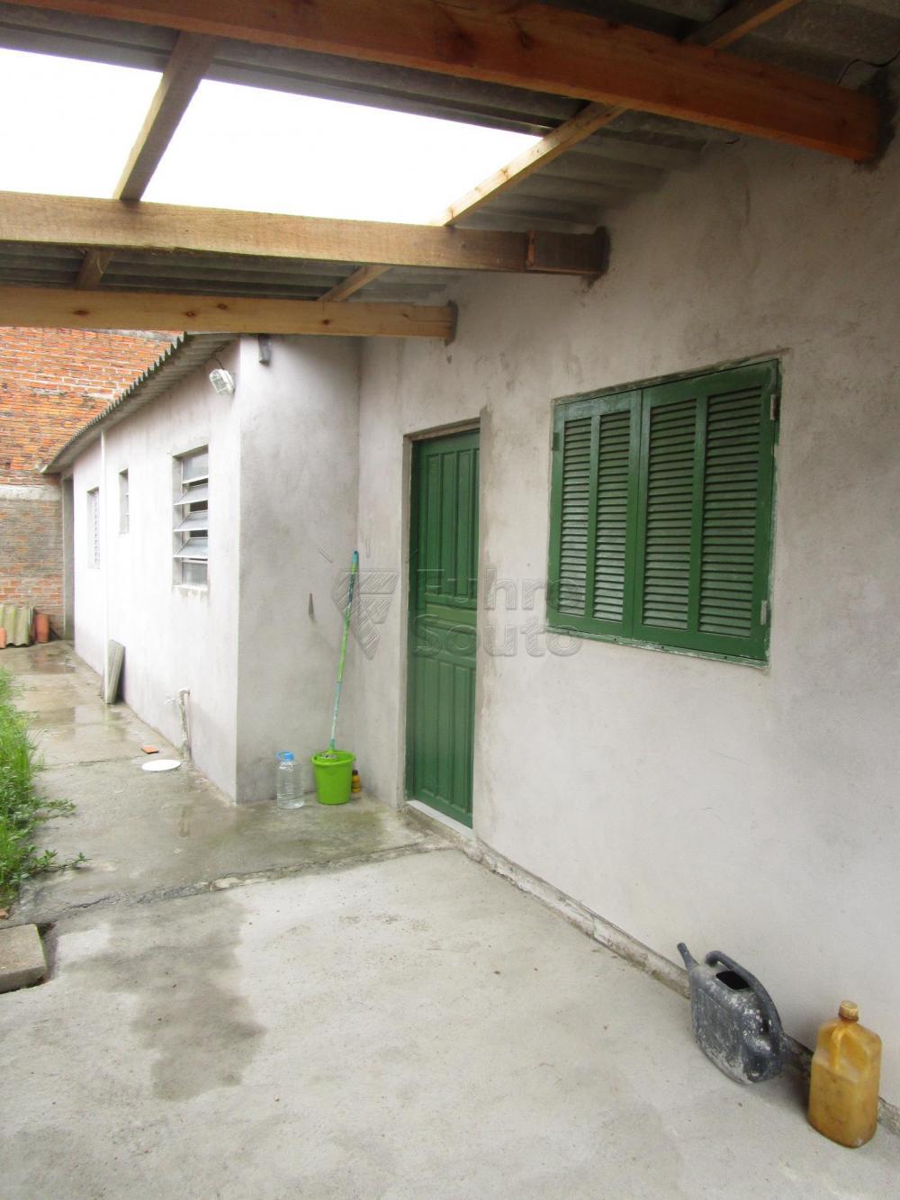 Alugar Casa / Padrão em Pelotas R$ 550,00 - Foto 8