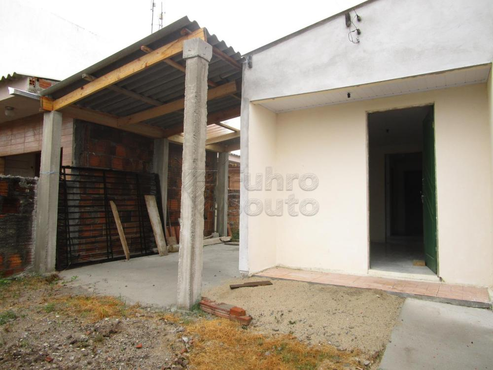Alugar Casa / Padrão em Pelotas R$ 550,00 - Foto 10