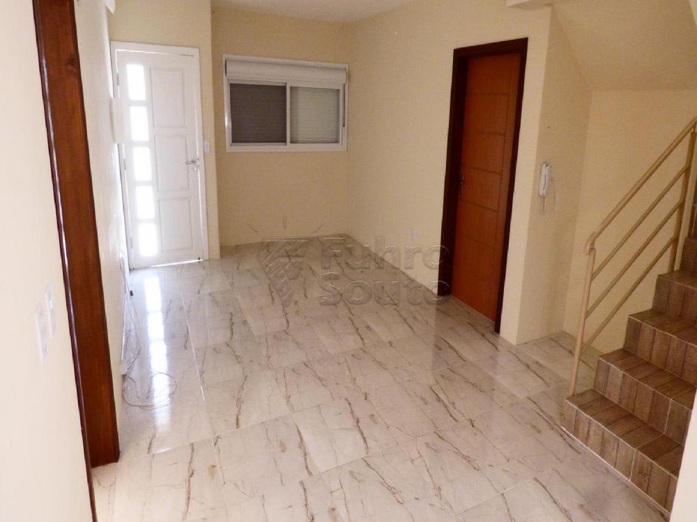 Alugar Casa / Padrão em Pelotas R$ 3.000,00 - Foto 3