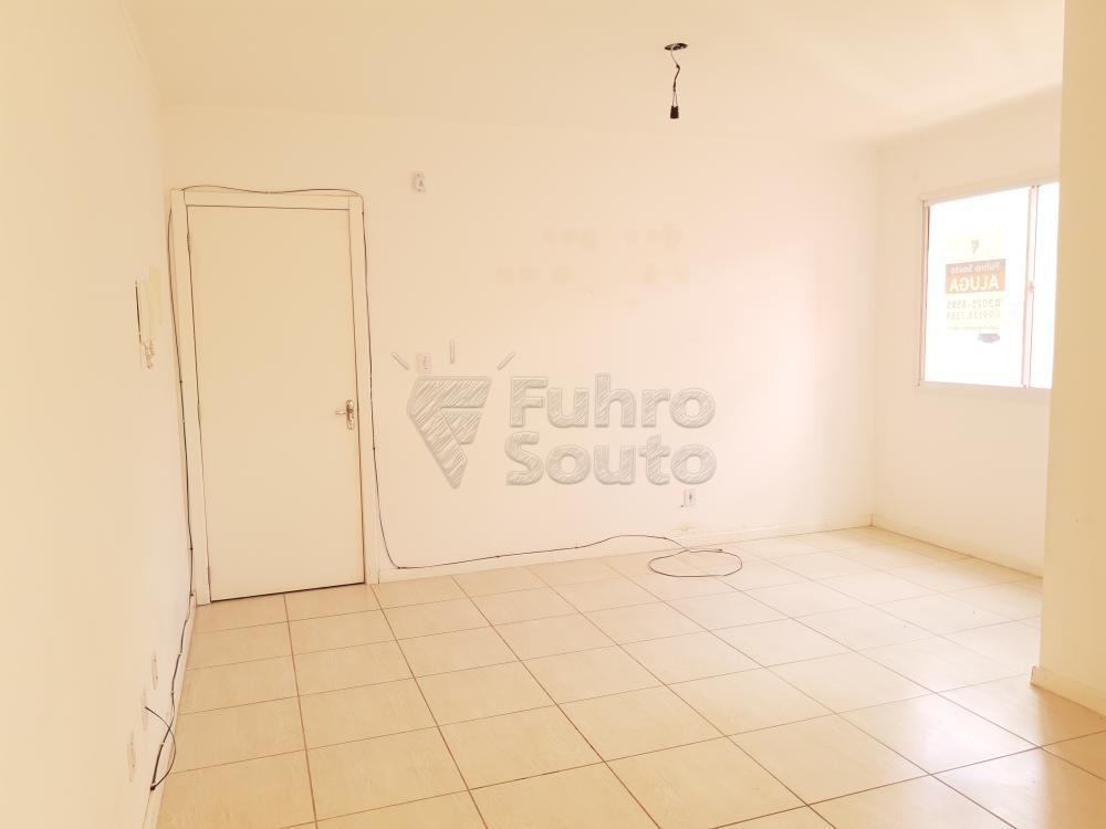 Alugar Apartamento / Padrão em Pelotas R$ 550,00 - Foto 3