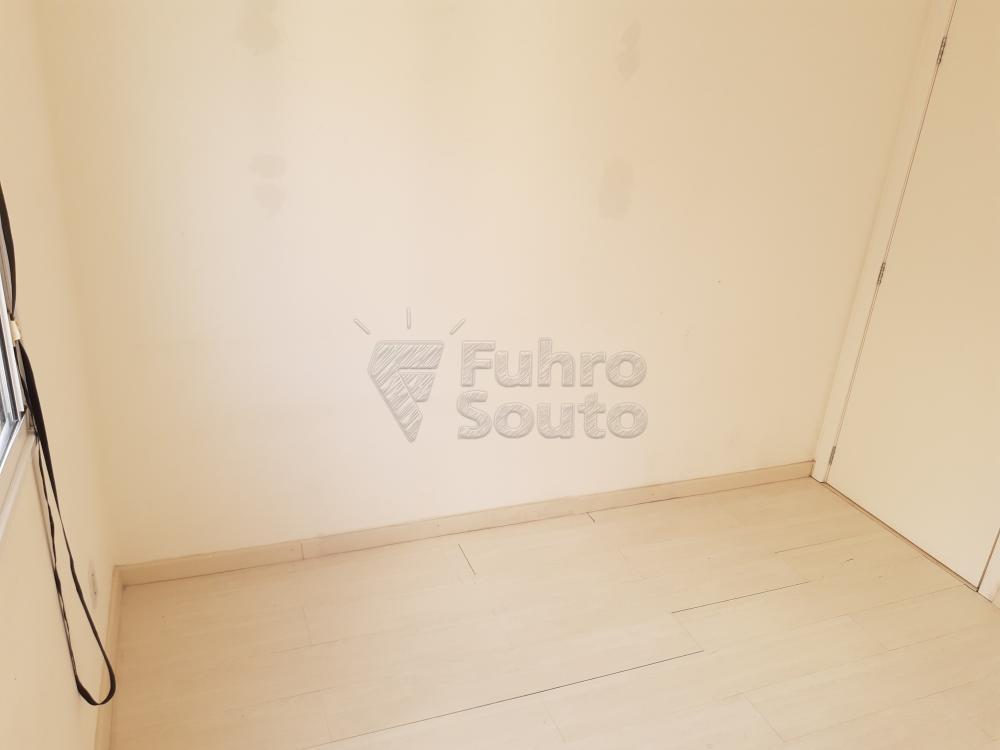 Alugar Apartamento / Padrão em Pelotas R$ 550,00 - Foto 7