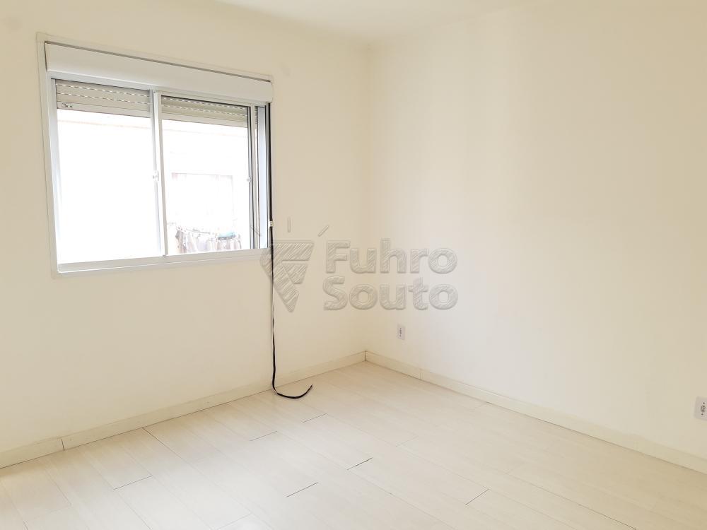 Alugar Apartamento / Padrão em Pelotas R$ 550,00 - Foto 8