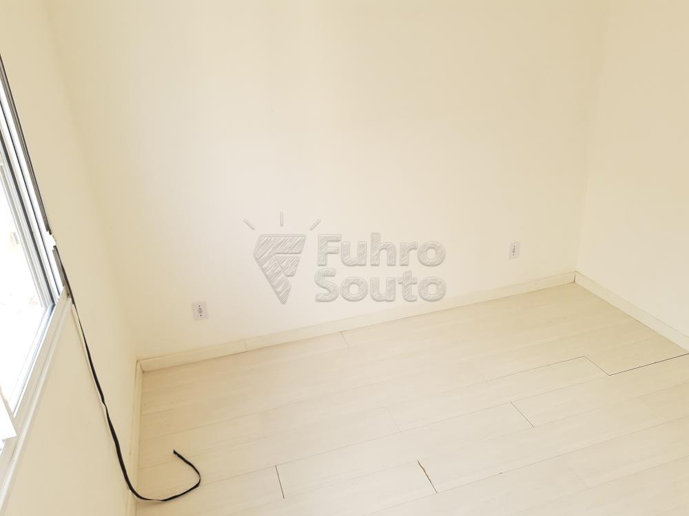 Alugar Apartamento / Padrão em Pelotas R$ 550,00 - Foto 10