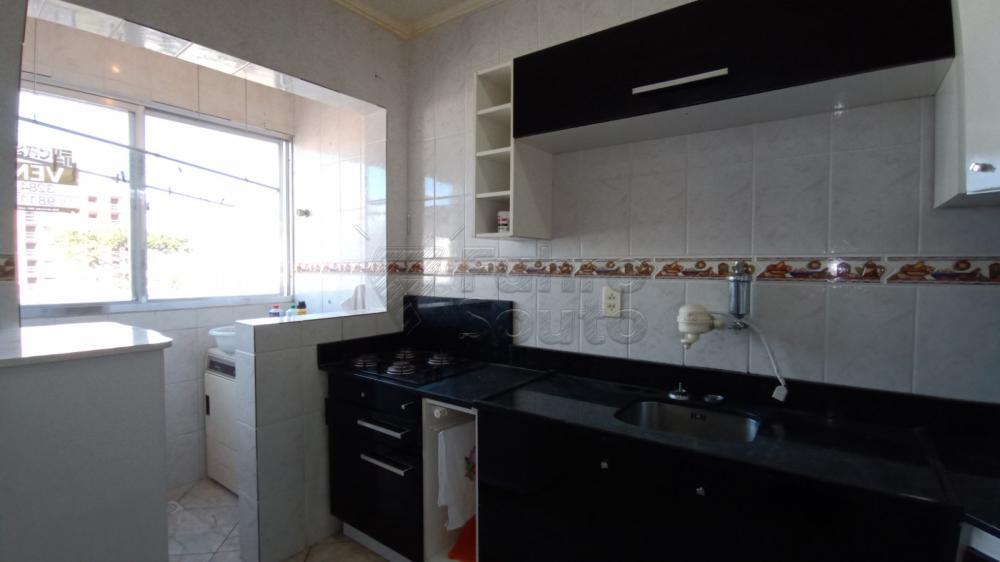 Comprar Apartamento / Padrão em Pelotas R$ 169.600,00 - Foto 2