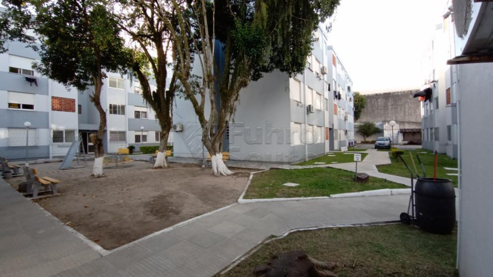 Comprar Apartamento / Padrão em Pelotas R$ 169.600,00 - Foto 13