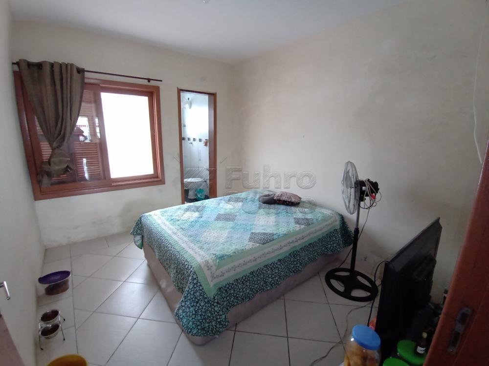 Comprar Casa / Padrão em Pelotas R$ 350.000,00 - Foto 14