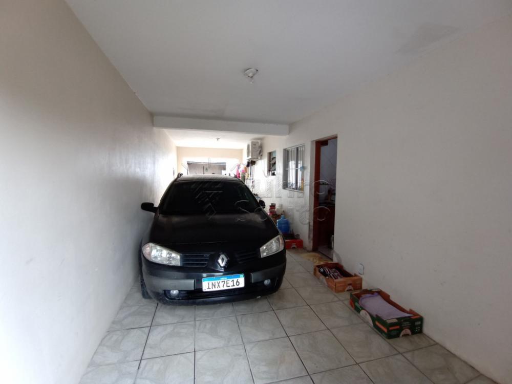 Comprar Casa / Padrão em Pelotas R$ 350.000,00 - Foto 11