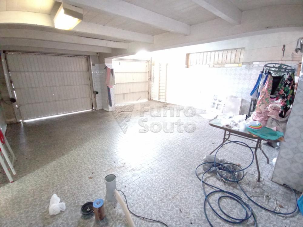 Comprar Casa / Padrão em Pelotas R$ 1.590.000,00 - Foto 18