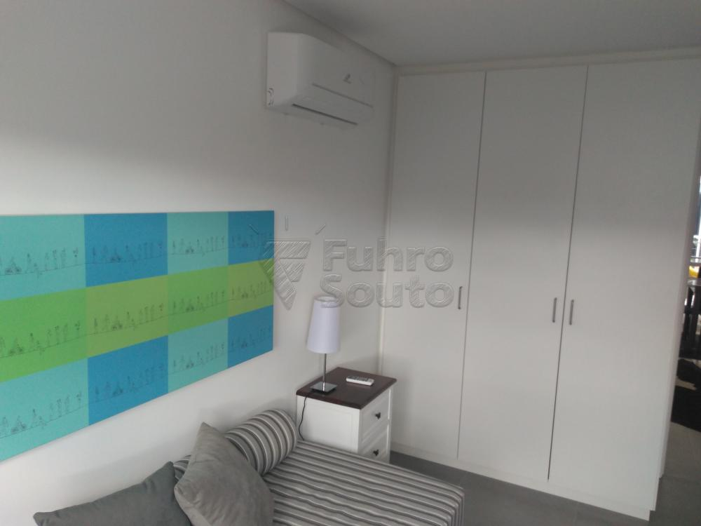 Comprar Apartamento / Padrão em Pelotas R$ 288.000,00 - Foto 7