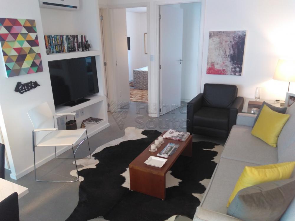 Comprar Apartamento / Padrão em Pelotas R$ 288.000,00 - Foto 3