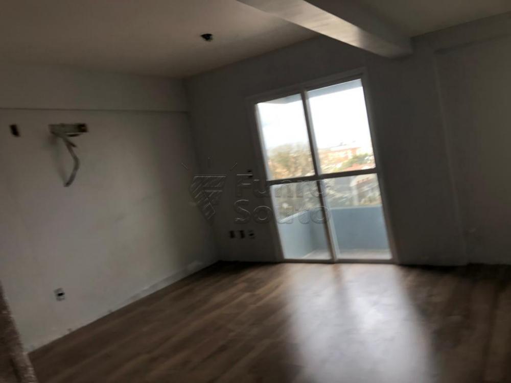 Comprar Apartamento / Loft / Studio em Pelotas R$ 185.500,00 - Foto 2