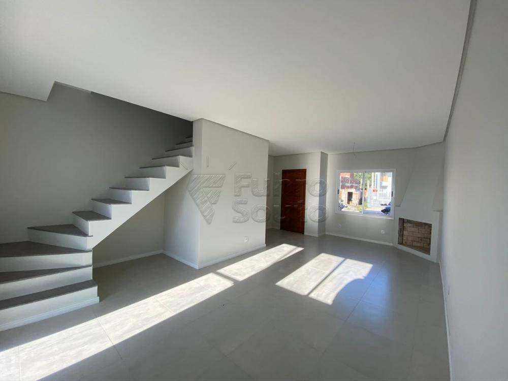 Comprar Casa / Padrão em Pelotas R$ 320.000,00 - Foto 8