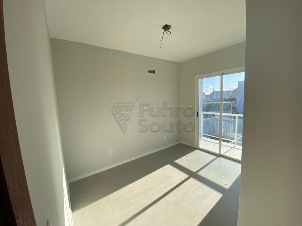 Comprar Casa / Padrão em Pelotas R$ 320.000,00 - Foto 14