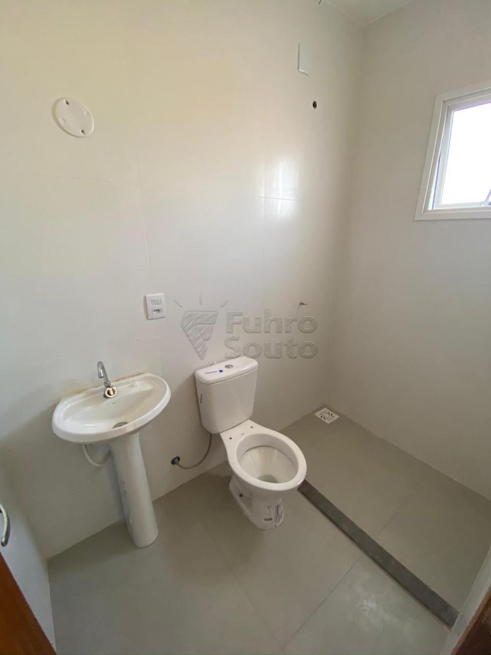 Comprar Casa / Padrão em Pelotas R$ 320.000,00 - Foto 30