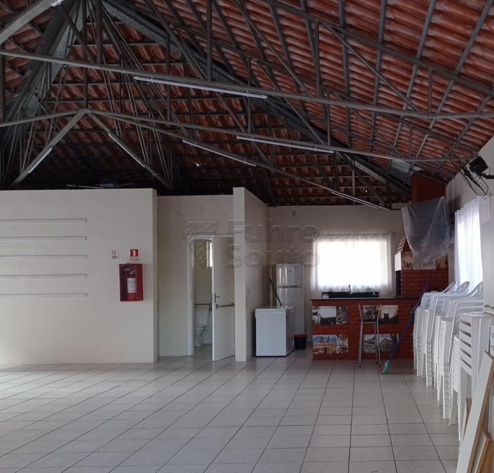 Apartamento nunca habitado no Residencial Parque Velho, com 02 dormitórios e demais dependências.