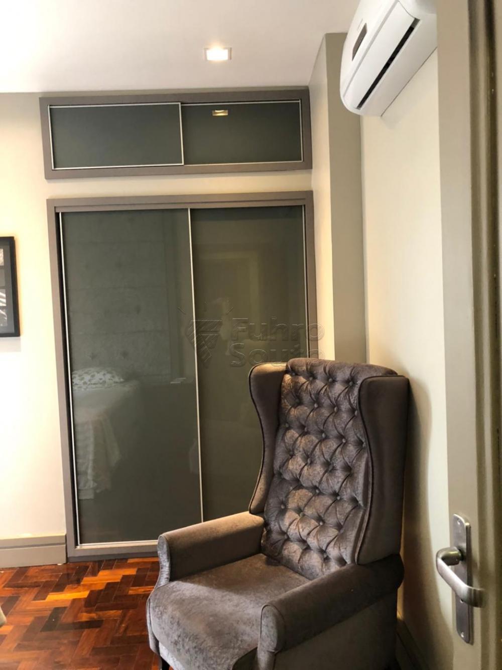 Comprar Apartamento / Padrão em Pelotas R$ 650.000,00 - Foto 12