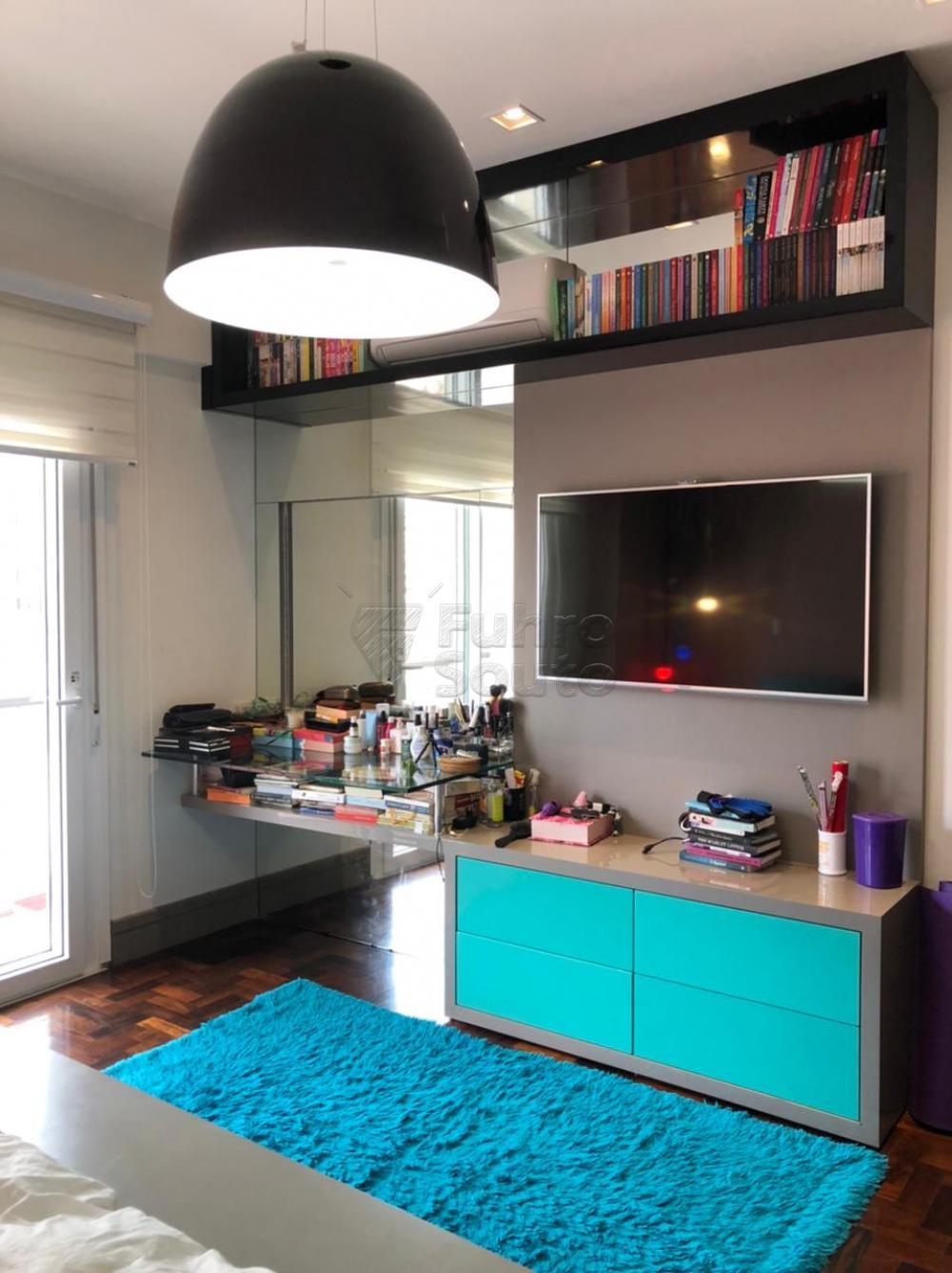 Comprar Apartamento / Padrão em Pelotas R$ 650.000,00 - Foto 8