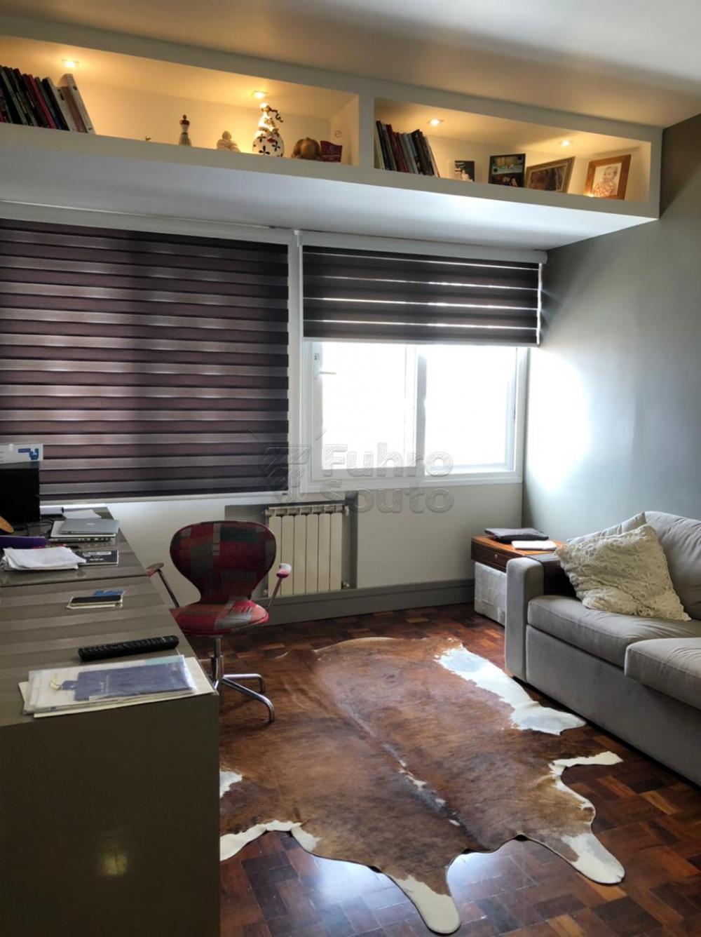 Comprar Apartamento / Padrão em Pelotas R$ 650.000,00 - Foto 22