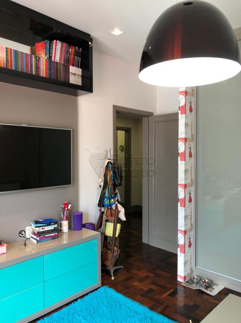 Comprar Apartamento / Padrão em Pelotas R$ 650.000,00 - Foto 10