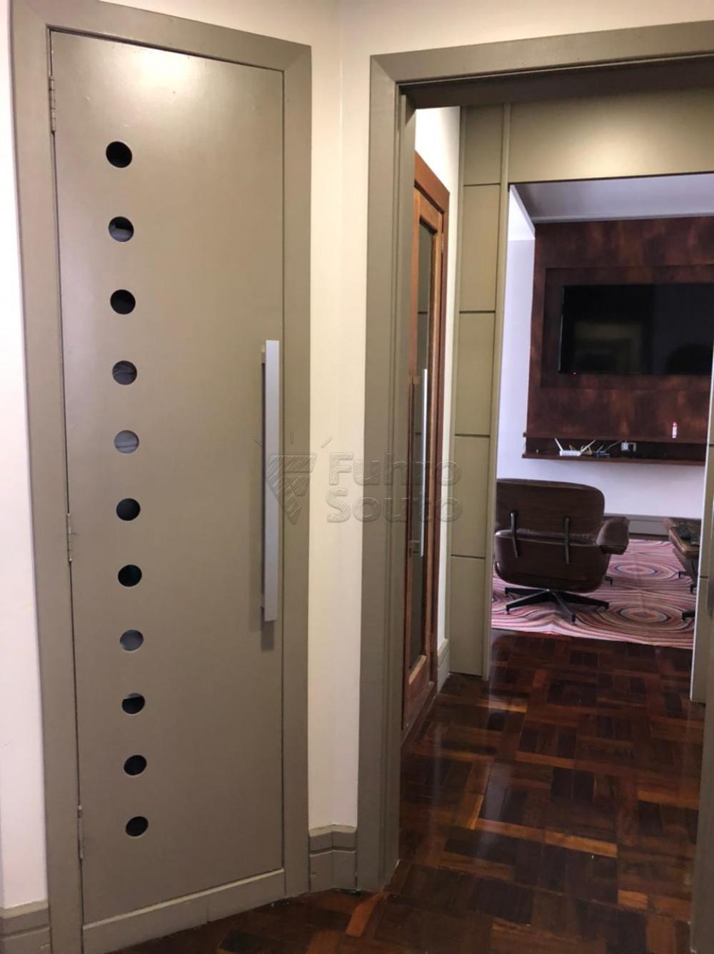 Comprar Apartamento / Padrão em Pelotas R$ 650.000,00 - Foto 26