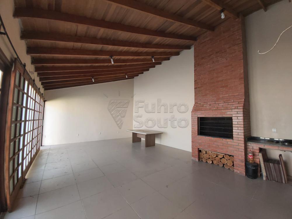 Comprar Casa / Padrão em Pelotas R$ 490.000,00 - Foto 15