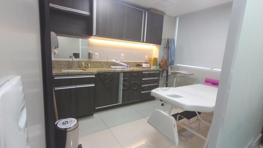 Comprar Comercial / Sala em Condomínio em Pelotas R$ 820.000,00 - Foto 7