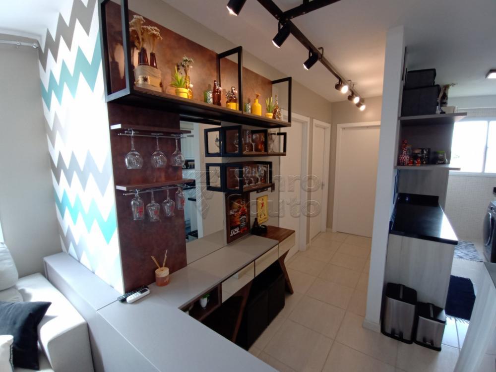Comprar Apartamento / Padrão em Pelotas R$ 189.000,00 - Foto 8