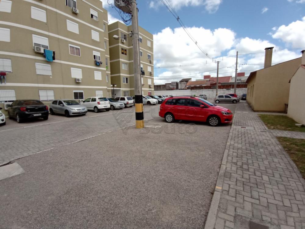 Comprar Apartamento / Padrão em Pelotas R$ 189.000,00 - Foto 10
