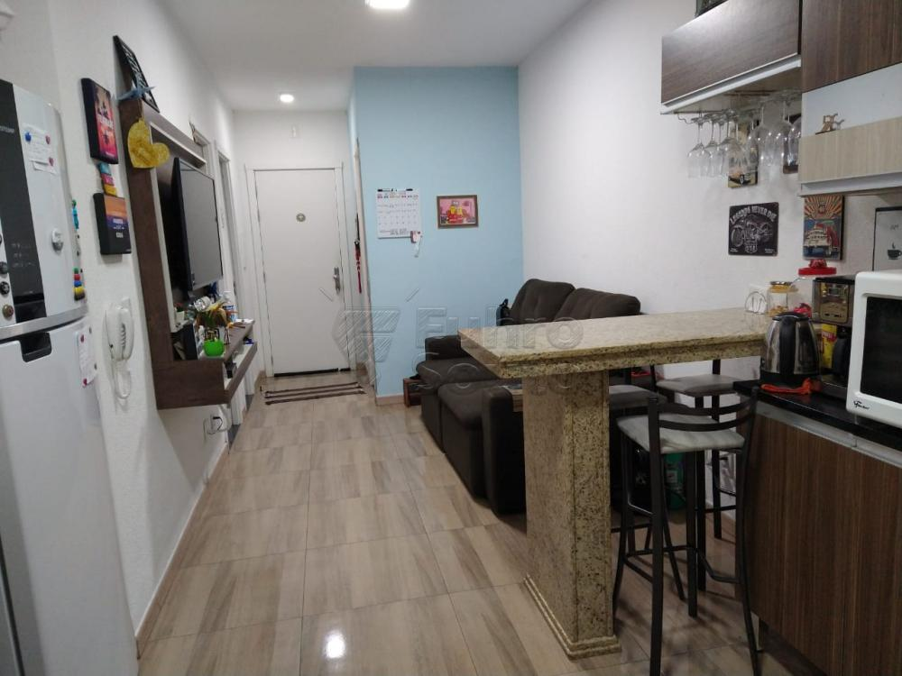 Comprar Casa / Condomínio em Pelotas R$ 190.000,00 - Foto 2