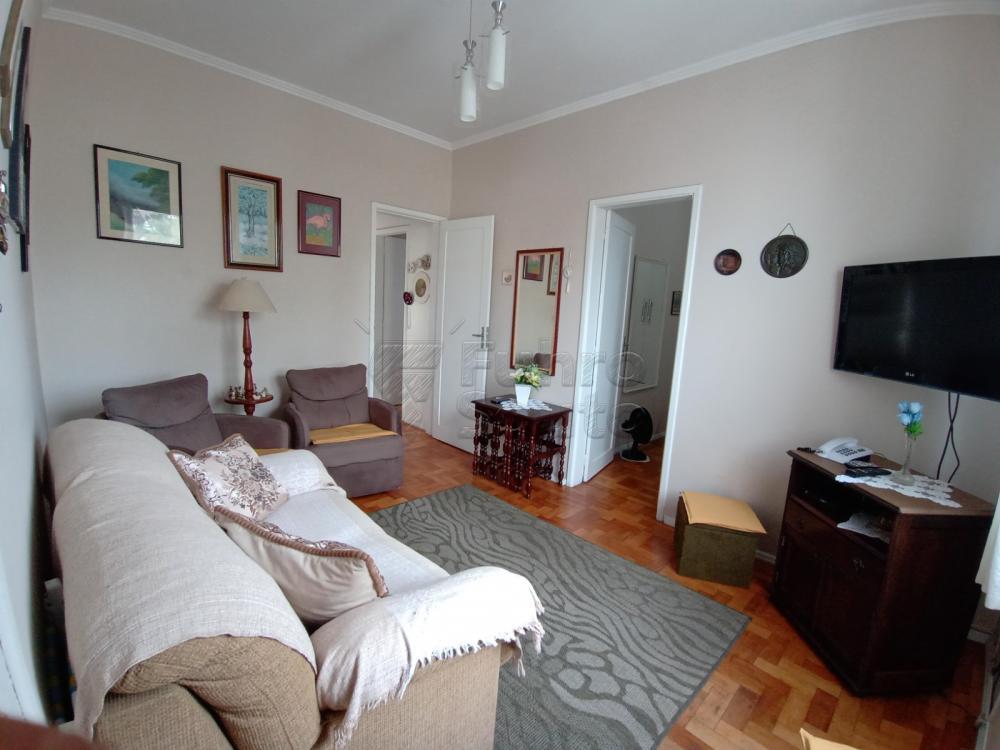Apartamento na Avenida Bento Gonçalves - Edifício Maria Faustina, com 2 dormitórios, 2 banheiros, ar condicionado, área de serviço, interfone, sala de estar. Agende sua visita