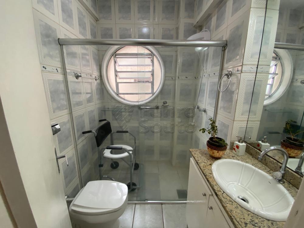 Comprar Apartamento / Padrão em Pelotas R$ 266.000,00 - Foto 7