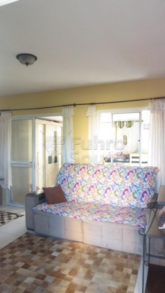 Comprar Casa / Condomínio em Pelotas R$ 430.000,00 - Foto 1
