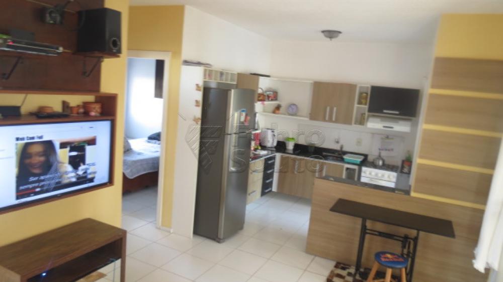 Comprar Casa / Condomínio em Pelotas R$ 430.000,00 - Foto 5