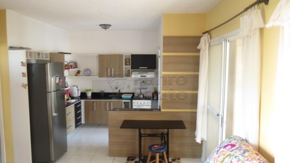 Comprar Casa / Condomínio em Pelotas R$ 430.000,00 - Foto 7