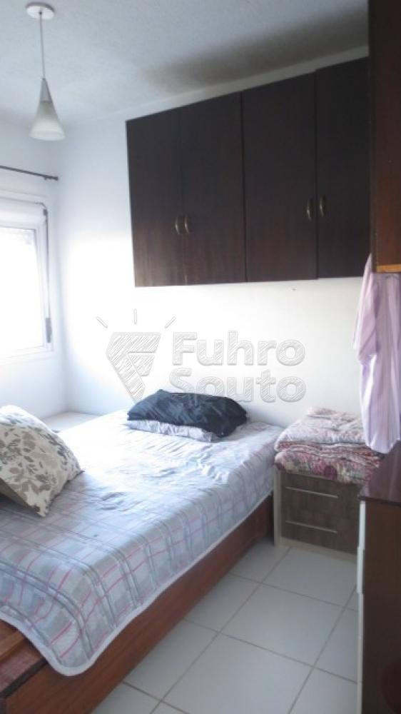 Comprar Casa / Condomínio em Pelotas R$ 430.000,00 - Foto 9