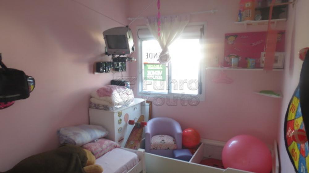 Comprar Casa / Condomínio em Pelotas R$ 430.000,00 - Foto 14