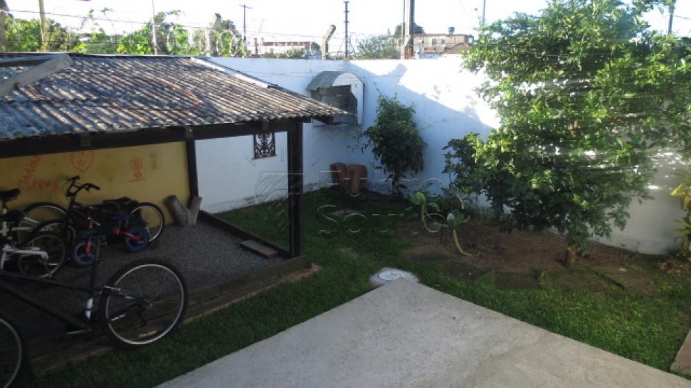 Comprar Casa / Condomínio em Pelotas R$ 430.000,00 - Foto 16