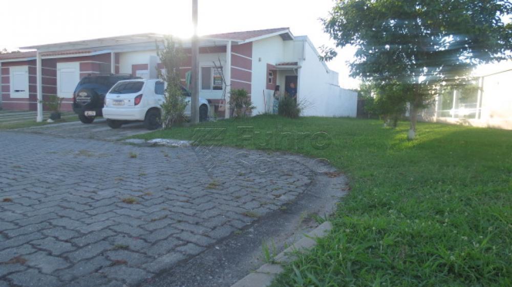 Comprar Casa / Condomínio em Pelotas R$ 430.000,00 - Foto 24