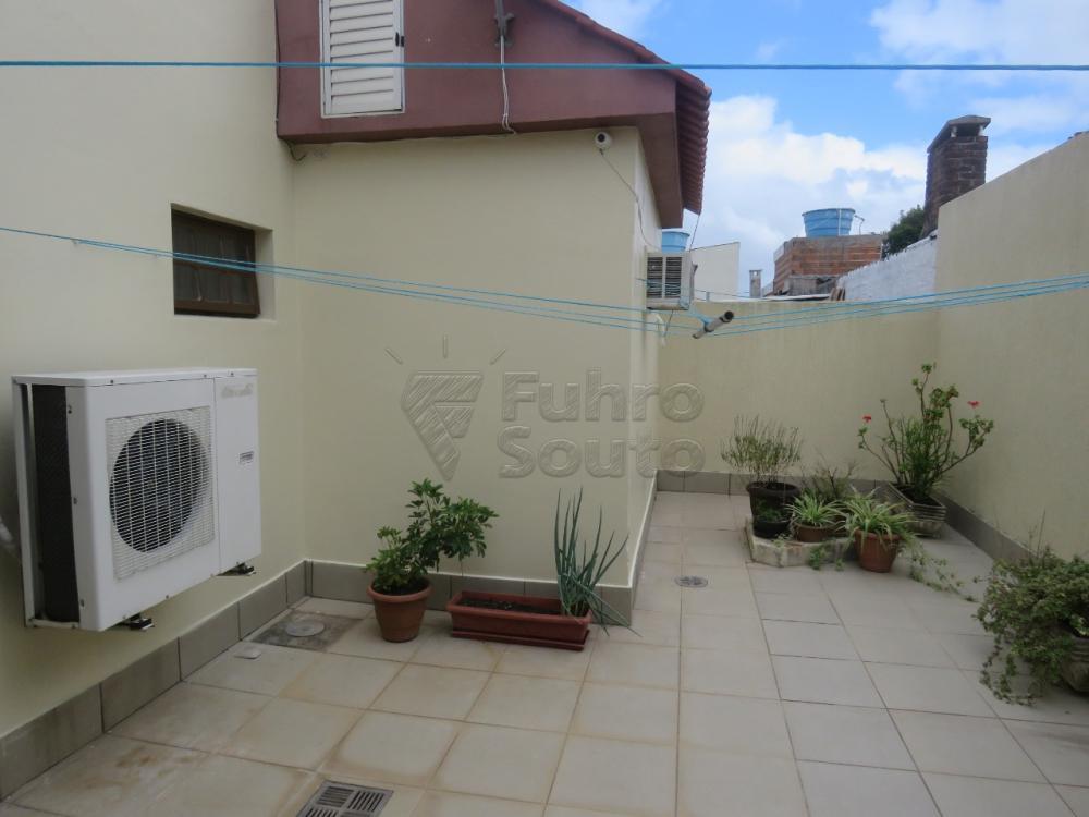 Comprar Casa / Padrão em Pelotas R$ 480.000,00 - Foto 22