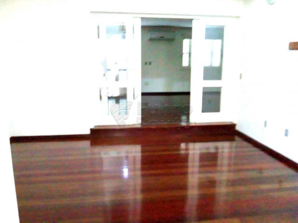 Comprar Casa / Padrão em Pelotas R$ 1.180.000,00 - Foto 4