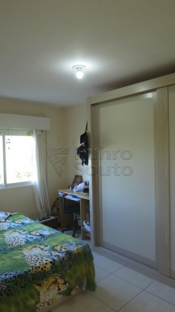 Comprar Apartamento / Padrão em Pelotas R$ 310.000,00 - Foto 11