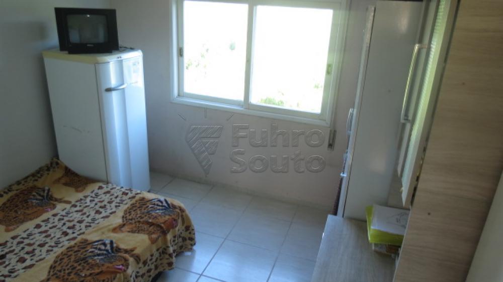 Comprar Apartamento / Padrão em Pelotas R$ 310.000,00 - Foto 13