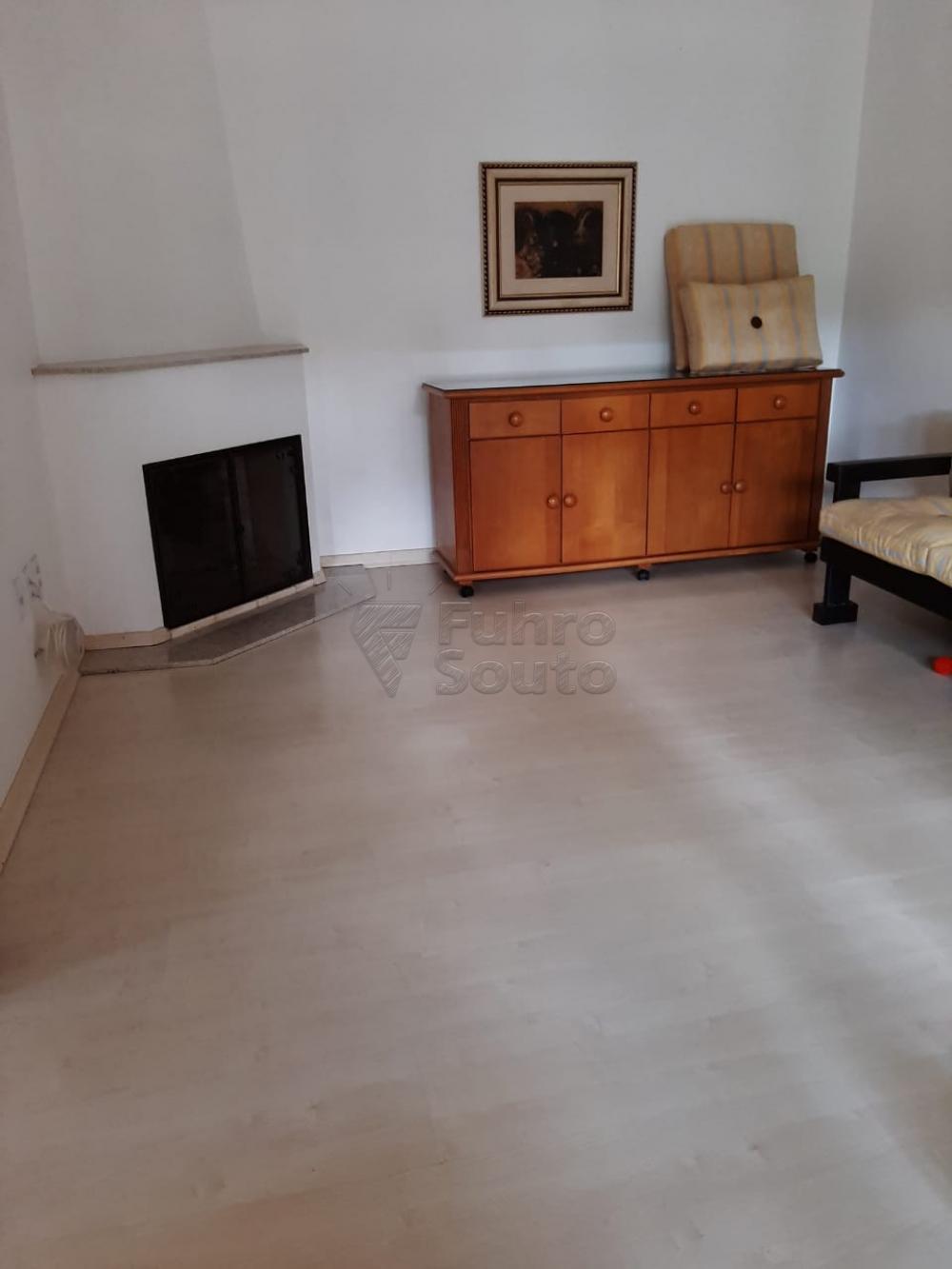 Comprar Casa / Padrão em Pelotas R$ 1.200.000,00 - Foto 4