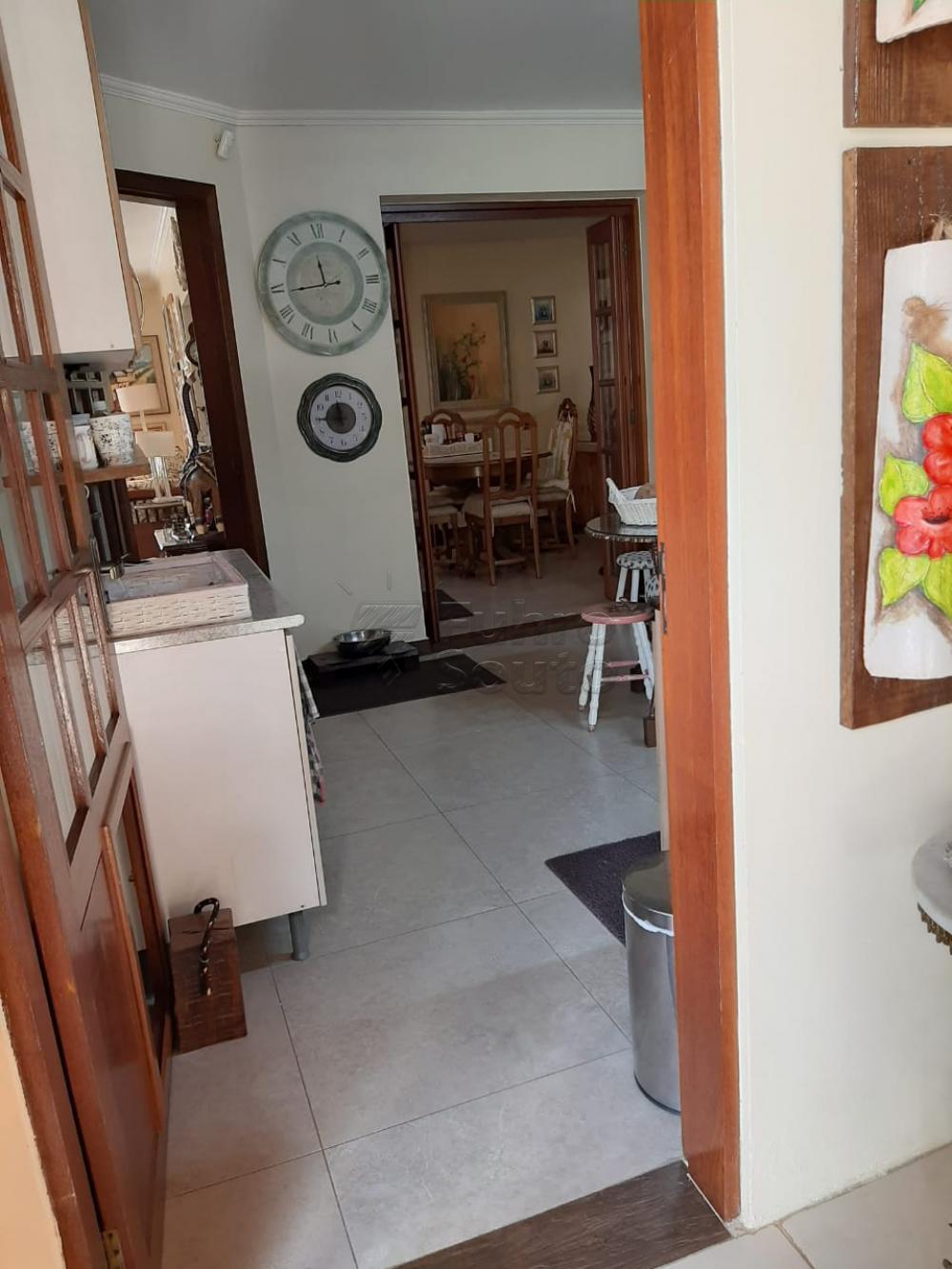 Comprar Casa / Padrão em Pelotas R$ 1.200.000,00 - Foto 12
