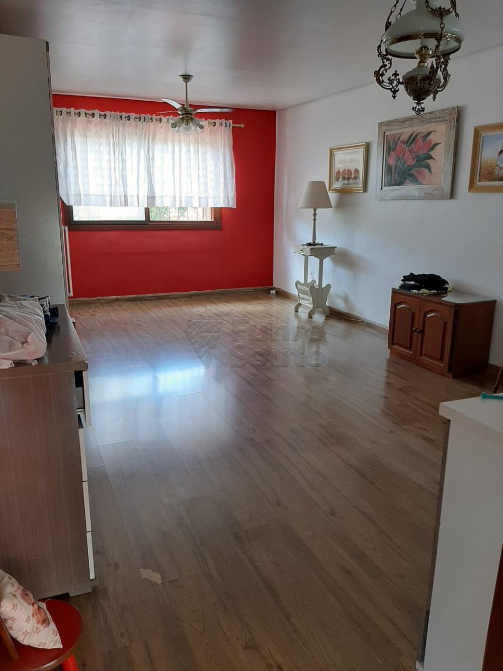Comprar Casa / Padrão em Pelotas R$ 1.200.000,00 - Foto 25
