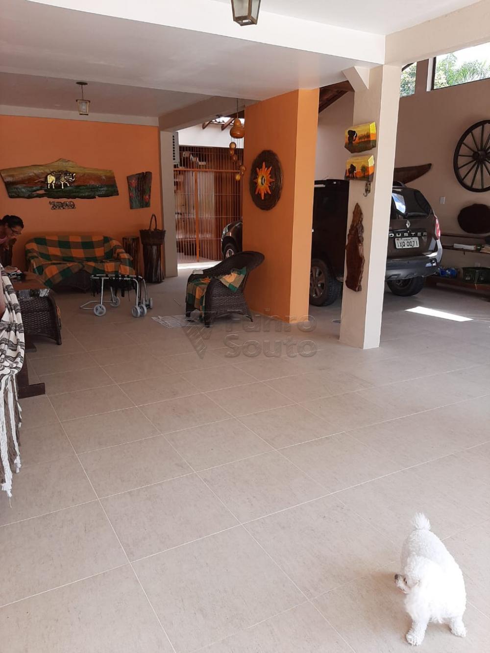 Comprar Casa / Padrão em Pelotas R$ 1.200.000,00 - Foto 42