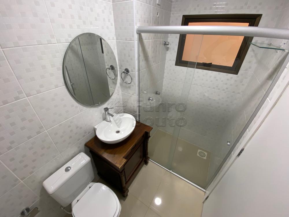 Comprar Apartamento / Padrão em Pelotas R$ 625.000,00 - Foto 9