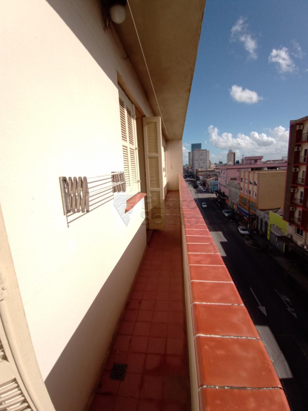Comprar Apartamento / Padrão em Pelotas R$ 380.000,00 - Foto 10