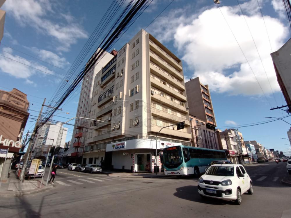 Comprar Apartamento / Padrão em Pelotas R$ 380.000,00 - Foto 18