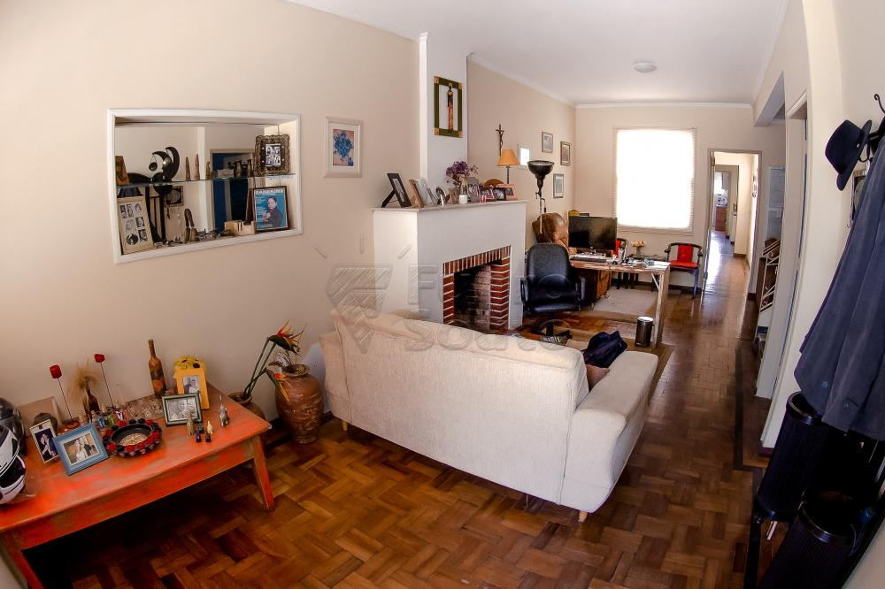Comprar Casa / Padrão em Pelotas R$ 550.000,00 - Foto 2